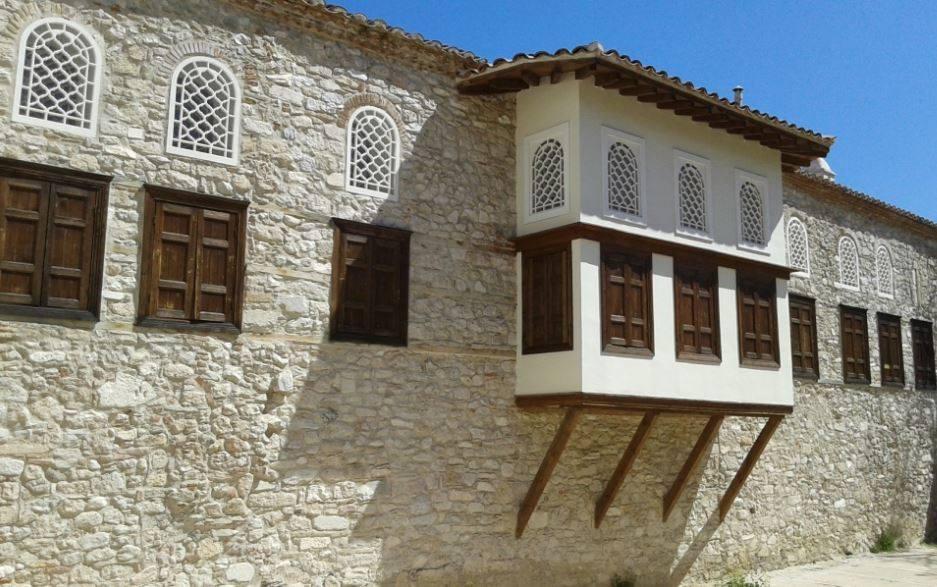 Ξενάγηση στην Οθωμανική Αθήνα του 18ου αι. για παιδιά 7-11 ετών @ Αρχοντικό Μπενιζέλων και Λουτρά Αέρηδων